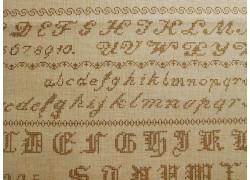 Stoff Buchstaben ocker