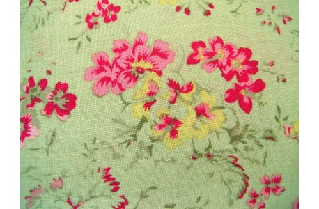 Patchworkstoff Blumen Geranien grün pink