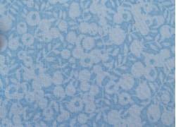 Patchworkstoff Beeren hellblau Wiltshire Designerstoff